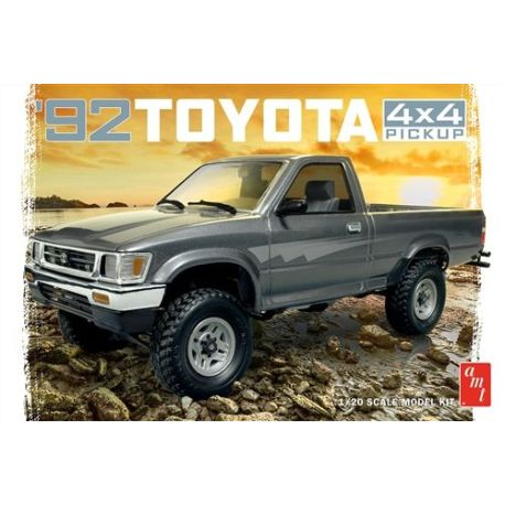 AMT 1992 Toyota 4x4 Pick-up 1:20