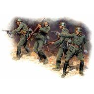 World War II era Series, German Infantry in action 1941 - 1942 1:35